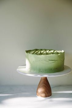 my darling lemon thyme: flourless chocolate cake with matcha buttercream