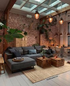 Obtén ideas increíbles para la decoración de interiores, para tu hogar o negocio, y así crear un ambiente perfecto para su estancia.