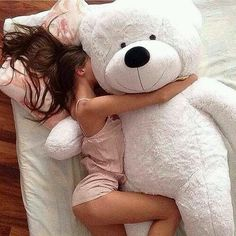 If Daddy loves me, He will get me a big teddy bear! Teddy Girl, Giant Teddy Bear, When Your Crush, Daddys Princess, Princess Diana, Foto Baby, Daddy Bear, Foto Pose, Girly Things