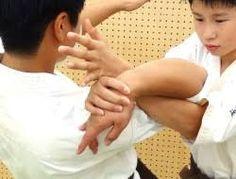 Resultado de imagen de 関節技 Holding Hands