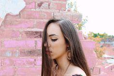 Testando umas coisinhas novas  #outfitpost #outfitoftheday #outfitinspiration #dailylook #look #lookoftheday #blogger #blog #fashion #fashionable #fashionblog #fashiongram #fashionista #fashionblogger #fashionstyle #instadaily #instalike #instastyle #inspiration #style #streetchic #streetwear #streetstyle #styleblogger #minimalism #minimalist #igdaily #instafashion