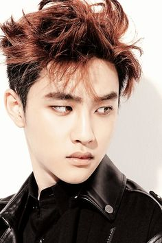 How can someone get any hotter?!? Kyungsoo 경수 (D.O. 디오) ♬ from EXO 엑소