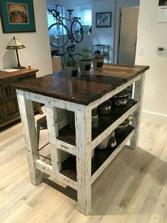 Astonishing Rustic Kitchen Island Design And Decoration Ideas - Page 19 of 49 - Making Your Dream Home a Reality Pallet Kitchen Island, Farmhouse Kitchen Island, Kitchen Island With Seating, Kitchen Islands, Pallet Island, Mobile Kitchen Island, Kitchen Island On Wheels, Kitchen Rustic, Ikea Kitchen