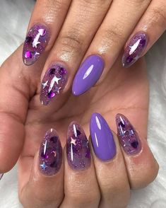 Since last year, jelly nails (transparent nails) have become popular and will continue to be popular this year and next. jelly nails are very simple, and they are very simple in design, so theoretically applicable scenarios are rich. Nail Swag, Aycrlic Nails, Manicure, Coffin Nails, Nail Art Designs, Transparent Nails, Kawaii Nails, Jelly Nails, Fire Nails