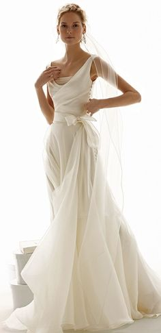 Knee length wedding dresses with sleeves beach wedding attire for bride,bridal halter dresses bridesmaid dresses and cowboy boots,lace bridal dresses v neck halter wedding dress. Wedding Dress Styles, Wedding Attire, Bridal Dresses, Wedding Gowns, Wedding Dress Bow, Wedding Bride, Lace Wedding, Beautiful Gowns, Gorgeous Dress