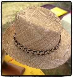 Lauhala papale ( hat ) and lauhala hat band.