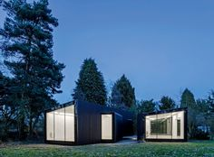 Multi-pavilion homes that offer a liberating combination of flexibility, privacy and connection with the landscape are gaining new ground. Dominic Bradbury reports