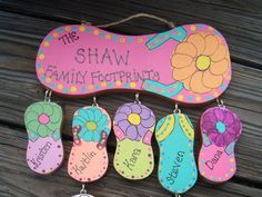 Items similar to Wood Flip Flop Personalized Family Sign on Etsy Flip Flops Diy, Flip Flop Craft, Arte Country, Pintura Country, Decor Crafts, Wood Crafts, Diy Crafts, Personalized Flip Flops, Decorating Flip Flops