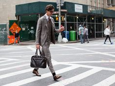 http://www.thesartorialist.com/photos/on-the-street-935am-may-18th-broadway-new-york/