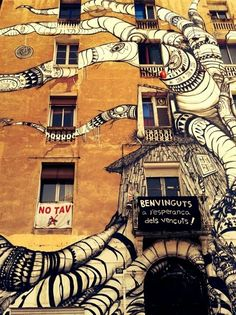 Monsters are funny Urban Street Art, 3d Street Art, Amazing Street Art, Street Artists, Murals Street Art, Street Art Graffiti, Mural Art, Land Art, Arts Barcelona