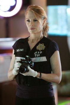 Marg-Helgenberger-CSI-Las-Vegas-9x04-Let-It-Bleed-csi-2537258-1707-2560.jpg 1,707×2,560 pixels