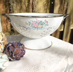Cottage Chic, Shabby Chic Decor, Vintage Floral, Vintage Antiques, Serving Bowls, Planters, My Etsy Shop, Enamel, Victorian