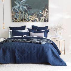 Navy Bedrooms, Master Bedroom, Bedroom Decor, View Wallpaper, Indie, Modern Bedroom Design, Quilt Cover Sets, Bedroom Styles, Pillow Talk