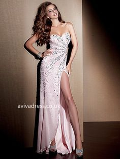 Shop prom dresses and long gowns for prom at Simply Dresses. Floor-length evening dresses, prom gowns, short prom dresses, and long formal dresses for prom. Split Prom Dresses, Homecoming Dresses, Strapless Dress Formal, Dress Prom, Grad Dresses, Gown Dress, Bridesmaid Dress, Beaded Dresses, Party Dress