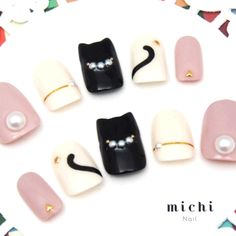 Cat Ear Nail * White Kitty Cat x Light Pink *