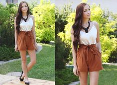 Romwe High Waisted Orange Shorts, Romwe Black Necklace