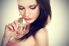 Perfume should be one of the most fun aspects of the beauty world, and yet, selecting a fragrance can be slightly overwhelming (and even intimidating! Arab Women, Pin Up Style, Your Hair, Cool Hairstyles, Perfume Bottles, Lipstick, Glamour, Face, Beauty