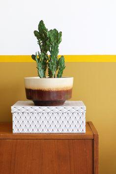 MY ATTIC SHOP / vintage / retro / flowerpot / plantpot / planter / groen / greens / plants / succulent / oker / ochre / okergeel / yellow    Photography: Marij Hessel  www.entermyattic.com