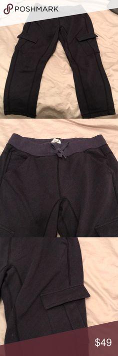 Lululemon cargo pant Cozy lululemon cargo pant  Drawstring waist  Pockets  Herringbone lululemon athletica Pants Leggings