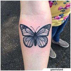 Tatuaggio farfalla - Butterfly tattoo #tat #tats #tattoo #tattooed #ink #inked #butterfly #butterflytattoo #naturetattoo #animaltattoo #fly #tattooideas Nature Tattoos, Print Tattoos, Tatting, Butterfly, Ink, Bobbin Lace, Needle Tatting, Bowties, Needlework