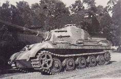 Tiger II Ausf. B Turmnummer 222, s. SS Pz.-Abt. 501. Kurt Sowa's Königstiger