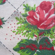 49CM X 45CM GORGEOUS RED ROSES NOVELTY QUILT LOOK VINTAGE COTTON FABRIC