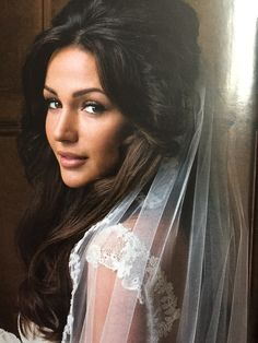 Michelle looking beautiful in her wedding dress x so happy for her!!