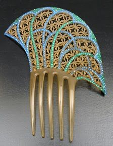 Art Deco style comb in clear celluloid with blue and green stones