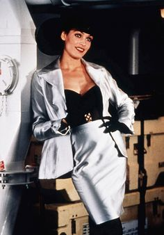 Xenia Onatopp  Played by: Famke Janssen  GoldenEye (1995)  Photo Gallery : InStyle.com What's Right Now