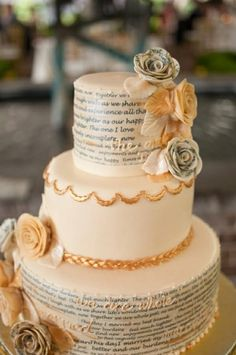 three tiered wedding cake 3.jpg