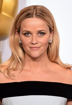 Reese Witherspoon's errand-running sweater actually fits your budget