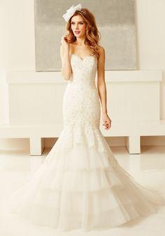 My wedding dress: Val Stefani- front view