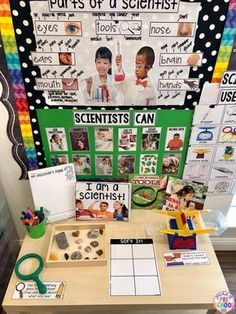 to set up the Science Center in your Early Childhood Classroom Being a Scientist science table for back to school in my preschool and pre-k classroom.Being a Scientist science table for back to school in my preschool and pre-k classroom. Science Center Preschool, Preschool Set Up, Preschool Classroom Setup, Kindergarten Science, Science Experiments Kids, Science For Kids, Science Activities, Science Table, Summer Science