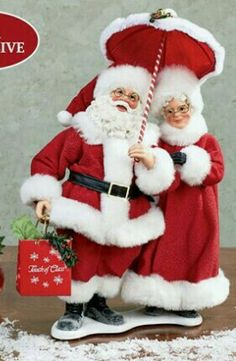 Touch of Class Santa and Mrs Claus Clothtique Figurine. Another figure with Mrs.