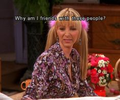 See what Caroline de Souza Kühn (carolineskuhn) found on We Heart It, your everyday app to get lost in what you love. Serie Friends, Friends Cast, Friends Moments, Friends Tv Show, Phoebe Friends Quotes, Tv Show Quotes, Film Quotes, Stupid Funny Memes, Funny Relatable Memes