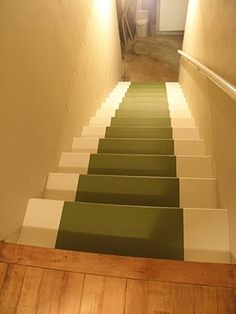 Painted runner. Nice touch without the expense