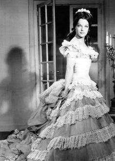 Katia - page 6 Sissi, Beautiful Costumes, French Actress, Classic Hollywood, Dame, Actors & Actresses, Celebrities, Auradon, Loin