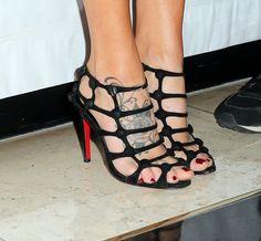Jenny McCarthy's Feet << wikiFeet