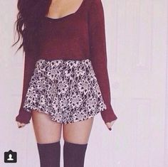 15 super ideas for skirt with tights outfit cropped sweater Cute Fashion, Teen Fashion, Fashion Outfits, Womens Fashion, Fall Winter Outfits, Autumn Winter Fashion, Spring Outfits, Summer Outfit, Winter Style