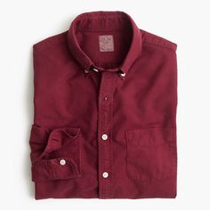 Few shirts age better than an oxford. The frays, the fades—these are the kinds of details we love.