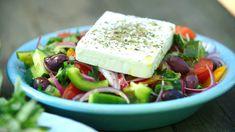 Cacio e pepe, pasta med ost Vegetarian Eggs, Frisk, Tzatziki, Eating Well, Feta, Salads, Curry, Veggies, Cheese