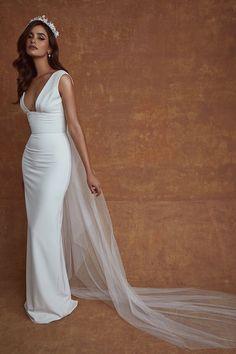 Chic Wedding Dresses, Bridal Dresses, Wedding Gowns, Formal Dresses, Minimalist Wedding Dresses, Trendy Dresses, Wedding Bells, Sarah Seven Bridal, Sarah Seven Wedding Dresses