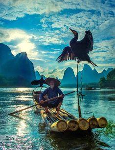 fisherman & cormorant , Guilin , (pronounced somthing like Kw-ei-leen) China byHamni Juni on Guilin, Beautiful World, Beautiful Images, Beautiful Scenery, Foto Nature, China Travel, People Of The World, Belle Photo, Wonders Of The World