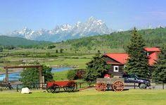 Top 10 Wyoming Family Dude Ranches - ResortsandLodges.com