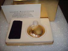 """Estee Lauder Solid Perfume Powder Compact """"Millennium"""" MIB"""