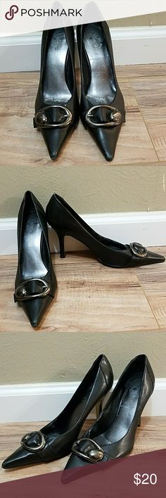 🍬OFFERS🍬 Nine West Black heels w/ buckles Nine  West Black heels w/ pewter silver buckles on the toes and worn condition all where is in photos 5-8. Size 7.5M Nine West Shoes Heels