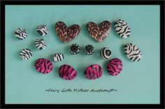 'Beautiful Animal Print Beads!' is going up for auction at 11am Sat, Jul 27 with a starting bid of $3.