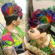 New Hair Color Unique Short Shaved Sides Ideas Quick Weave Hairstyles, Mohawk Hairstyles, My Hairstyle, Cute Hairstyles For Short Hair, Black Girls Hairstyles, Short Hair Cuts, Curly Hair Styles, Natural Hair Styles, Haircuts