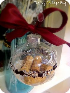 Wine Cork Christmas Crafts | wine cork ornament crafts  Love this! So cute!