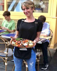 Ce soir venez déguster notre Terra generosa di Puglia servi par notre belle Roberta  #prestofresco #italianfood #italien #pasta #pizza #restaurantitalien #mangeritalien #gourmand #gastronomie #food #cucinaitaliana #italiancuisine